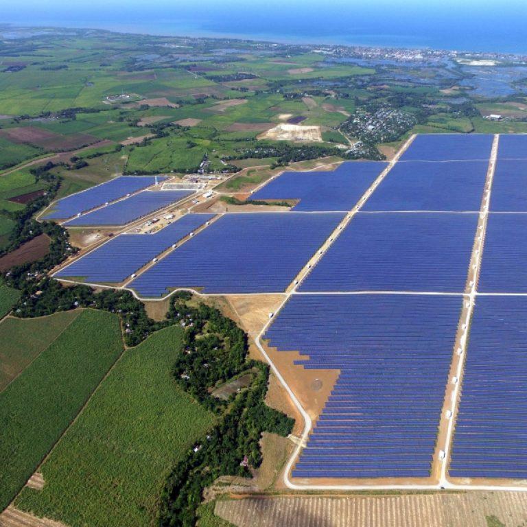 http://sl-engineers.asia/wp-content/uploads/2016/11/4.1-Cadiz-Solar-Farm-Negros-768x768.jpg